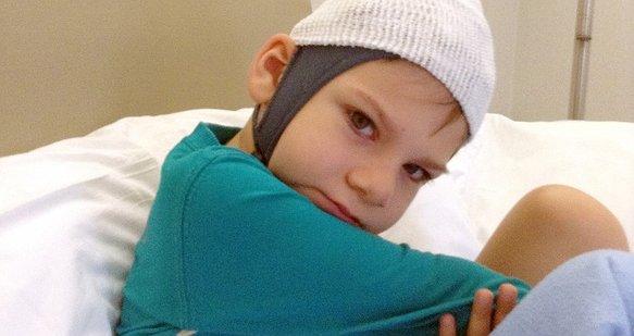 Маленький Ромчик бореться з епілепсією