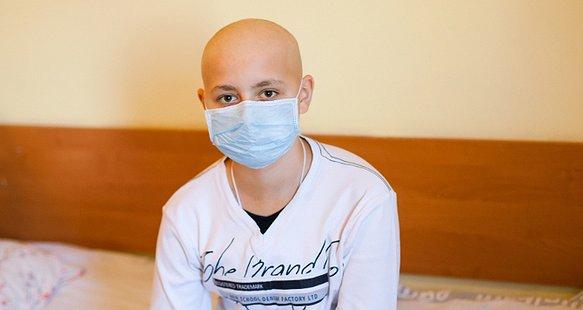 Врятуймо Святика від лейкемії!