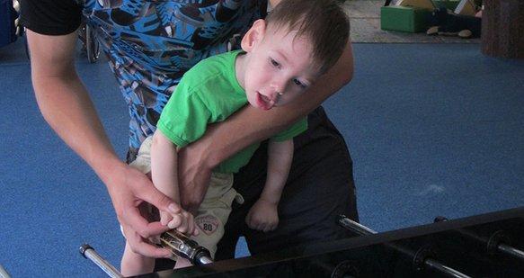 Допоможіть Ярославу в боротьбі з ДЦП: 2 етап зборів