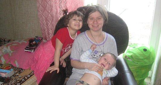 Врятуємо матусю двох дітей!