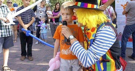 Мікрофони для лікарняних клоунів