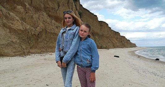 Допоможи сестричкам боротися за життя