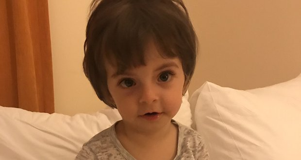 Маленька Аліса переможе хворобу. 3
