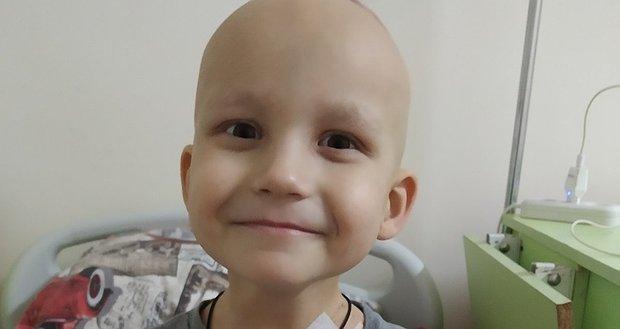 Нікіті потрібна допомога в лікуванні раку. 2