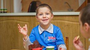Накорми обездоленных детей. 2