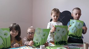 Art studios for special children. 2