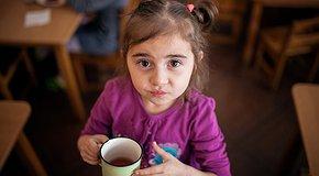 Накорми детей з Центра помощи